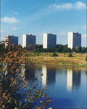 Вид на 4-ый микрорайон г.Зеленограда со стороны озера